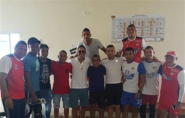 Carlos Bacca visita la concentración del Junior