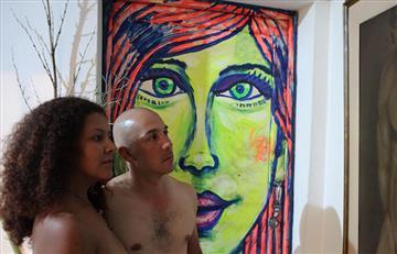 Medellín se desnuda: 50 personas sin ropa asistieron a la exposición
