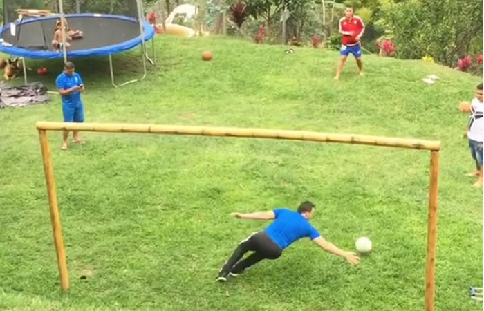 El 'pulpo' Viera ya entrena para volver a las canchas. Foto: Instagram