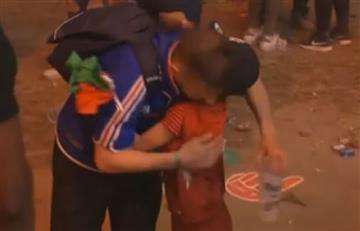 Eurocopa 2016: conmovedor consuelo de un niño portugués a un francés