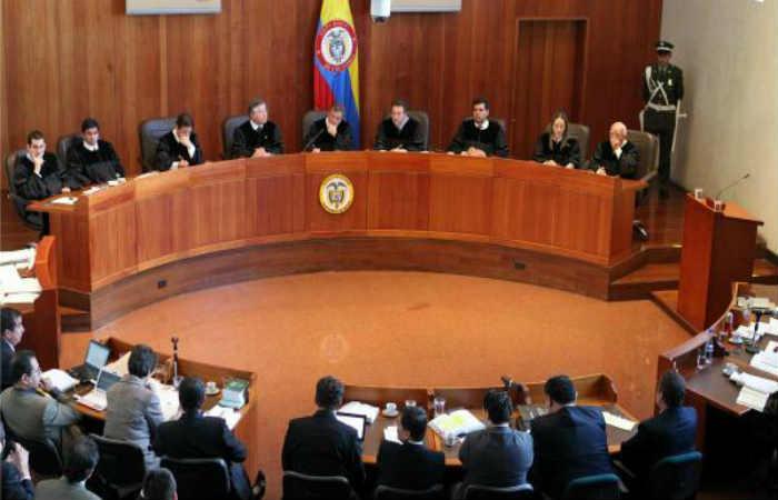 En manos de la Corte Constitucional está la decisión. Foto: EFE