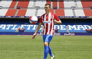 Santos Borré fue presentado oficialmente en el Atlético de Madrid