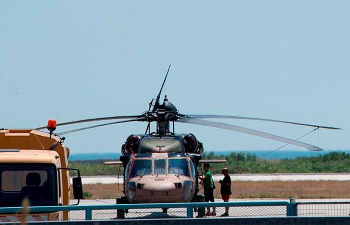Helicóptero turco aterriza en Grecia y tripulación pide asilo