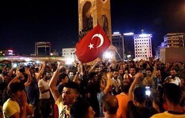 Turquía: Erdogan da por acabado el intento golpista