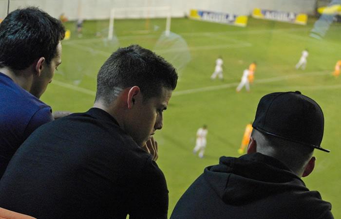 James Rodríguez visitó al Envigado en un partido de la Liga Águila
