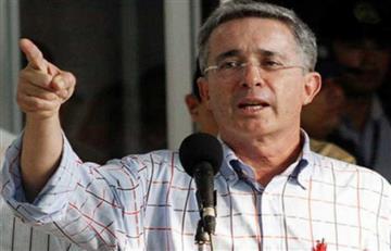 Uribe llama a un plantón en contra de la decisión de la Corte