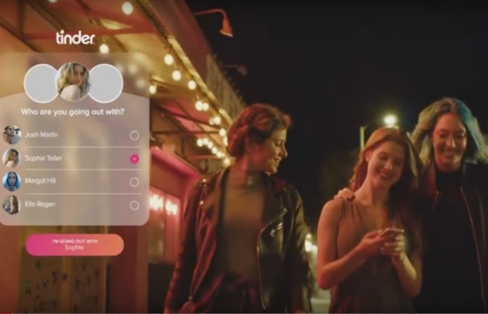 Se debe activar Tinder Social en la aplicación. Foto: Youtube
