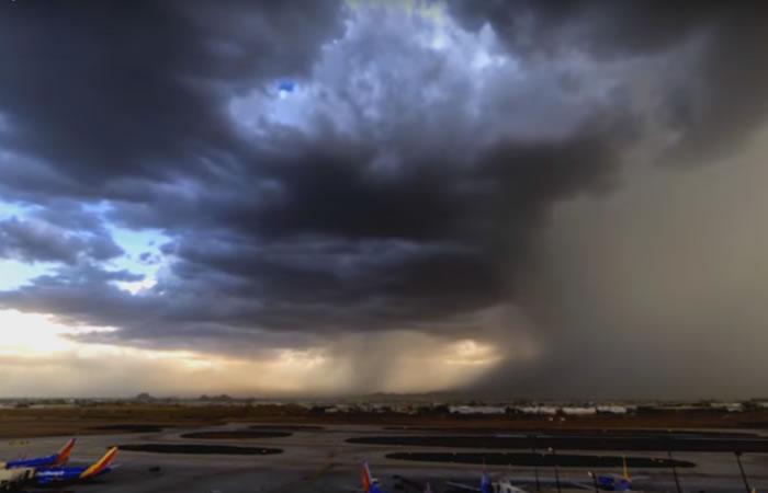 Extraño fenómeno meteorológico queda grabado