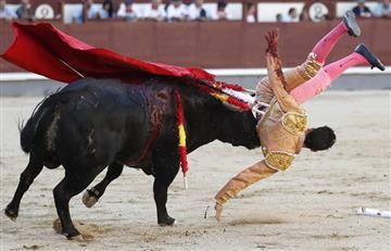 Torero Pablo Belando recibe tres graves cornadas