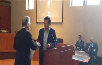 Álvaro Uribe se disculpa con Hollman Morris