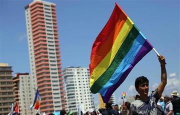Estudiantes transexuales del Sena podrán portar el uniforme que quieran