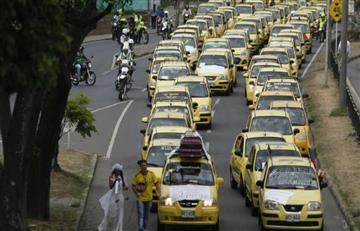 Proponen pico y placa para taxis sólo los fines de de semana