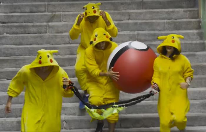 Jóvenes hacen broma a jugadores de Pokémon Go. Foto: Facebook
