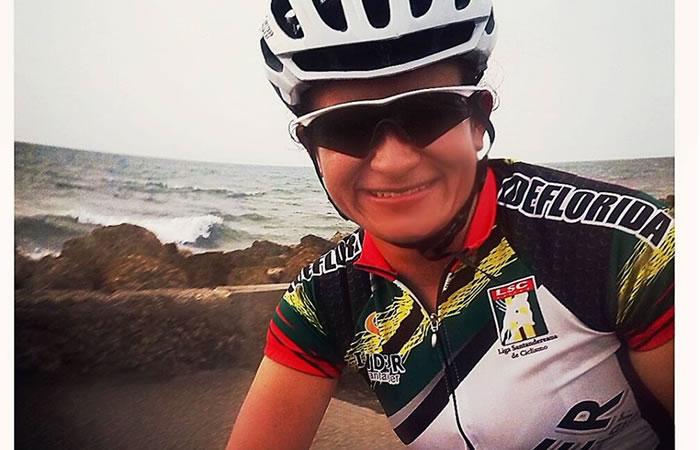 Ella es la única mujer de la Selección Colombia de Ciclismo. Foto: Facebook