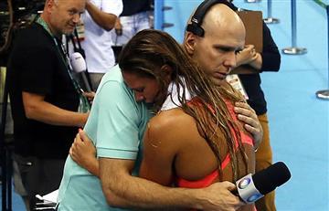 Río 2016: nadadora rusa celebra entre lágrimas y abucheos