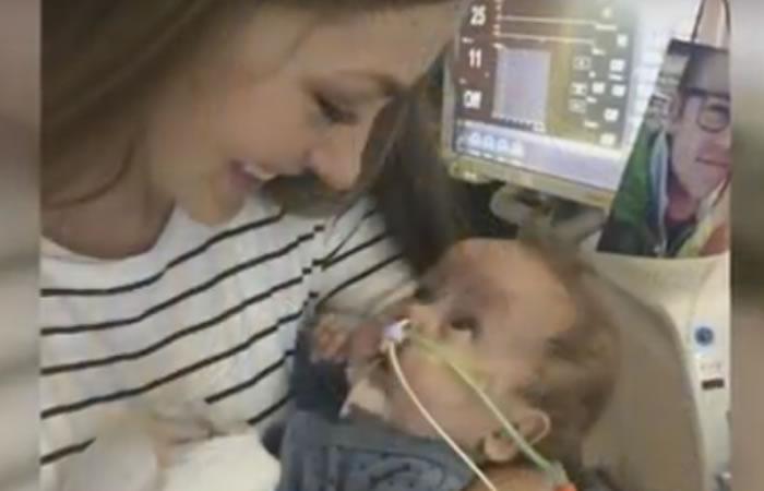 Madre pierde a su hijo y dona cifra récord de leche materna