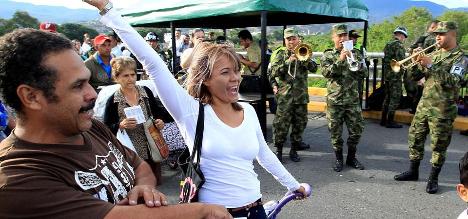 Reapertura de la frontera Colombia - Venezuela. Foto: EFE