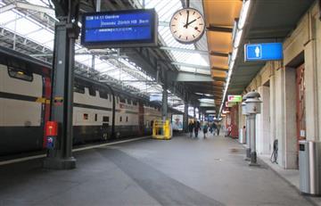 Hombre acuchilla a seis personas en tren de Suiza