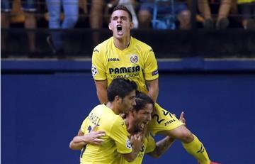 Santos Borré debutó en Champions League con Villarreal