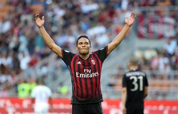 Carlos Bacca marcó tripleta con el Milan