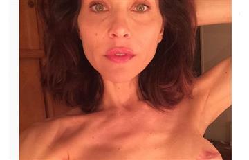 Lorena Meritano muestra cicatrices de sus cirugías en los senos