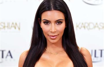 Kim Kardashian hace twerking en playas mexicanas