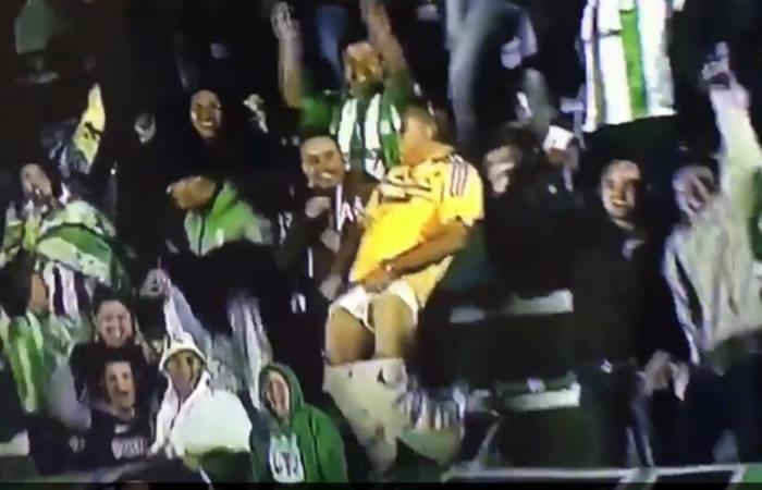 Atlético Nacional: Hincha se baja los pantalones para celebrar