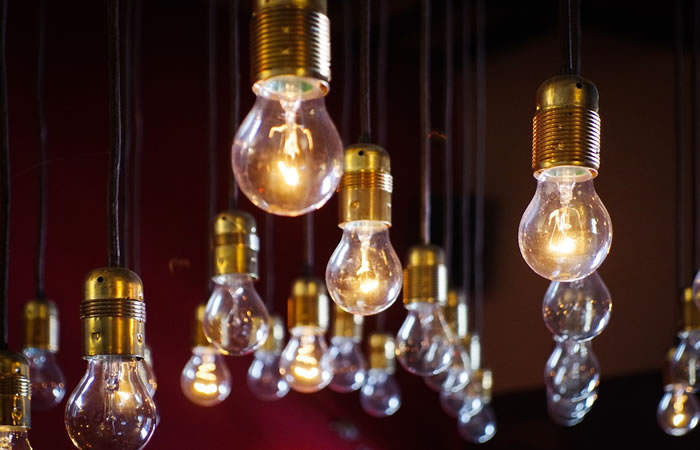 Europa prohíbe las bombillas tradicionales