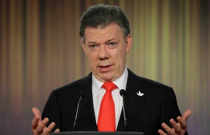 Video: Pastor asegura que el presidente Santos es el anticristo
