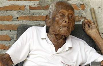 """""""Solo quiero morir"""", dice el hombre más viejo del mundo"""