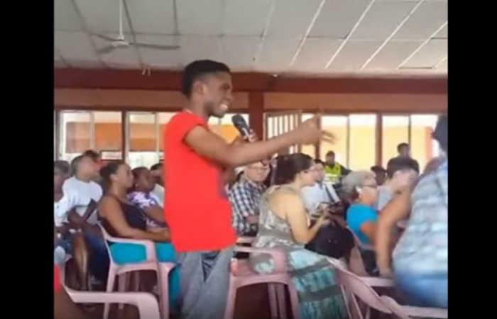 Leonard Rentería recibe amenazas luego de confrontar a Uribe