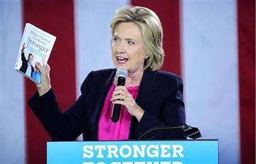 Hillary Clinton tiene neumonía