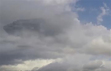 Captan nave nodriza entre las nubes