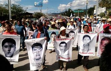 Celulares de estudiantes de Ayotzinapa fueron utilizados meses después