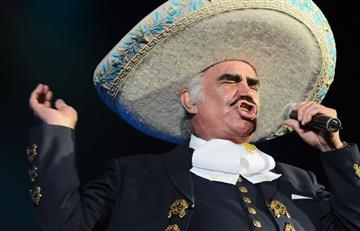 Vicente Fernandez se burla de la vidente que predice su muerte