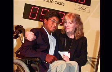 Mia Farrow sufre por el suicidio de su hijo