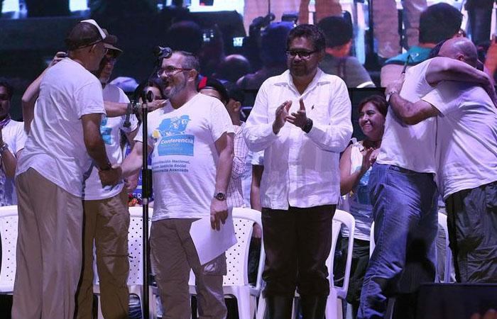 Farc ya aterrizaron en Cartagena para firmar la paz