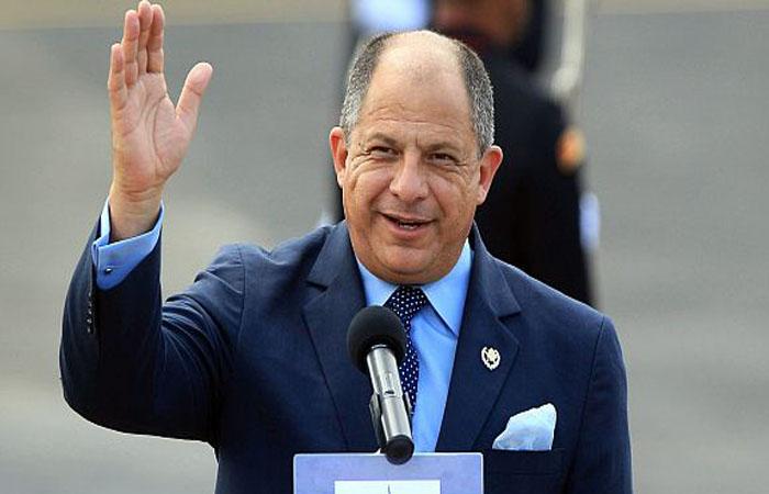 Presidente Costa Rica, primer mandatario en manifestar su apoyo a la Paz