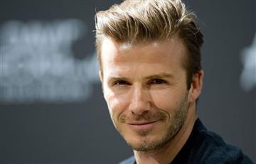 David Beckham asume el reto y hacer flexiones de pecho semidesnudo