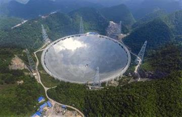 China: El mayor radiotelescopio del mundo se ha puesto en marcha