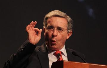 Uribe asegura que Santos no quiere renegociar el acuerdo con las Farc