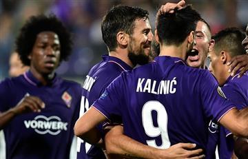 Carlos Sánchez y Fiorentina golearon en la Europa League