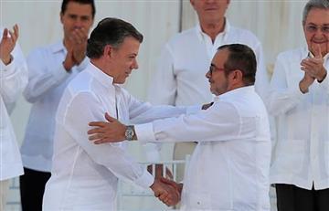 Santos y 'Timochenko' a un paso del Nobel de Paz