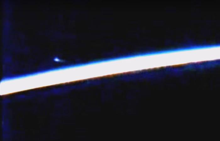 NASA corta emisión para ocultar OVNI por segunda vez