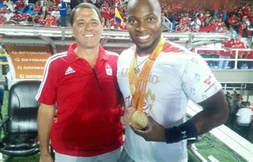 América homenajeó a medallista paralímpico y goleó al Valledupar