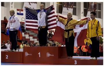 Colombiana de 65 años gana medalla de Bronce en Mundial de Taekwondo