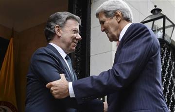 Santos recibe apoyo de EE.UU. a través de John Kerry