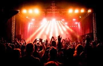 Almax llega a Bogotá con 50 conciertos de pop