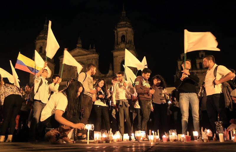 En IMÁGENES, así fue la 'Marcha por la Paz'