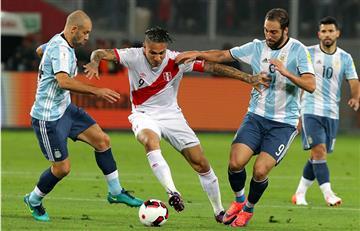 Argentina se dejó sorprender por Perú